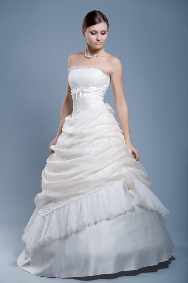 πρότυπος γάμος μόδας φορεμάτων στοκ φωτογραφίες