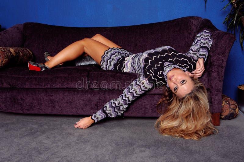 πρότυπος καναπές μόδας στοκ εικόνα