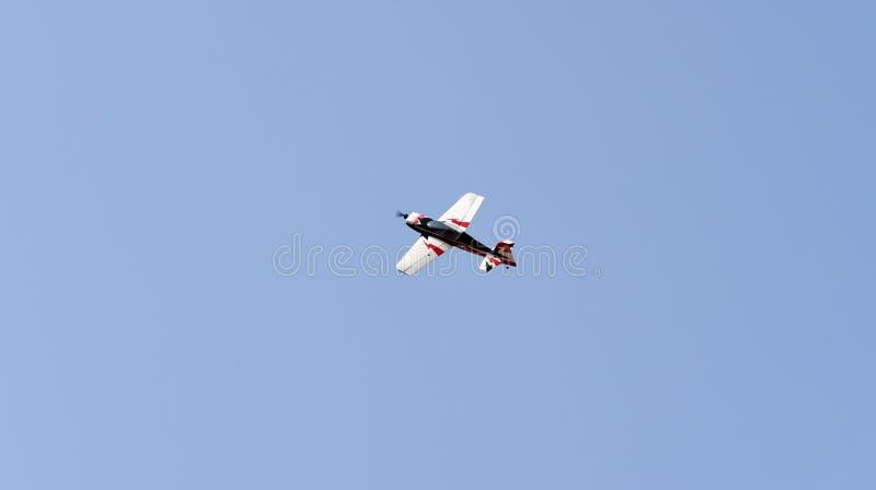 Πρότυπο αεροπλάνο ακροβατικής επίδειξης στοκ φωτογραφίες με δικαίωμα ελεύθερης χρήσης
