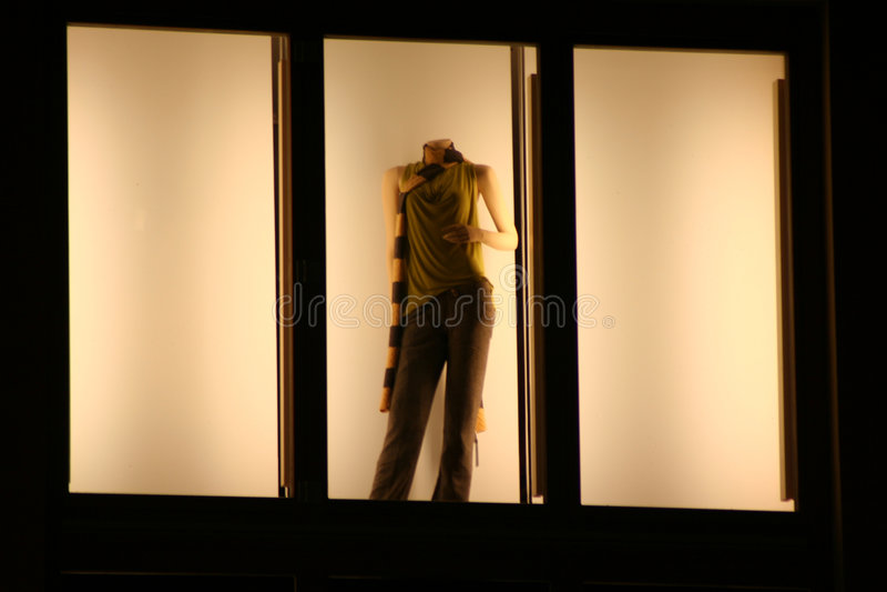 Download πρότυπο παράθυρο στοκ εικόνες. εικόνα από ενιαίος, catwalk - 1535170