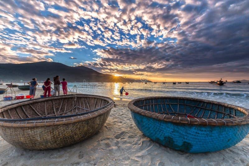 Πρόωρο ψαροχώρι θάλασσας αγοράς ψαριών της DA Nang στοκ εικόνα με δικαίωμα ελεύθερης χρήσης