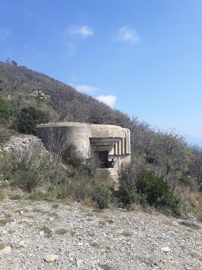 Πρώτη αποθήκη παγκόσμιου πολέμου στο βουνό στοκ φωτογραφίες με δικαίωμα ελεύθερης χρήσης