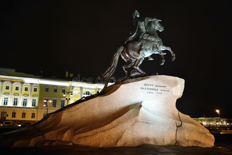 πρώτη νύχτα Peter μνημείων στοκ εικόνα