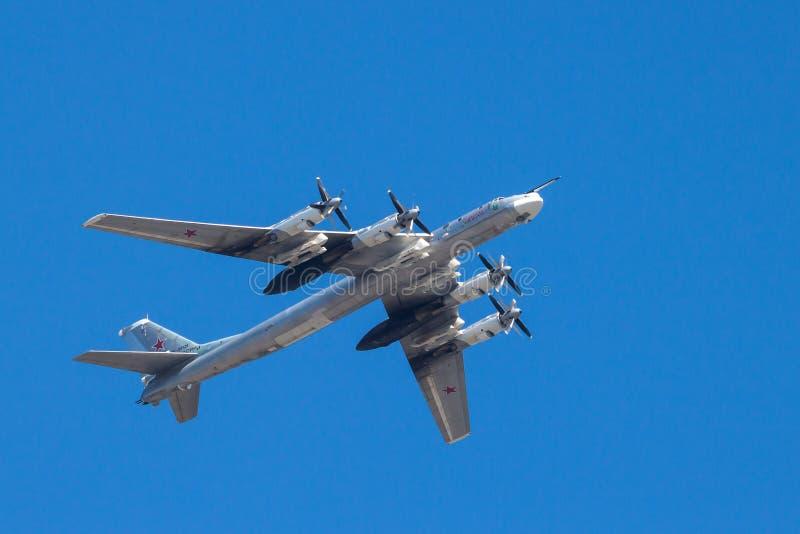 πτήση βομβαρδιστικών αεροπλάνων στρατηγική στοκ φωτογραφία με δικαίωμα ελεύθερης χρήσης