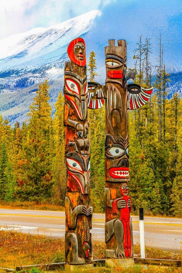 Πτώσεις Sunwapta, εθνικό πάρκο ιασπίδων, Αλμπέρτα, Καναδάς στοκ εικόνα