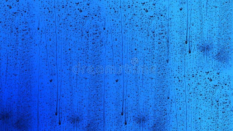 Πτώση νερού, πτώση βροχής στο γυαλί και στάλαγμα κάτω στοκ εικόνες με δικαίωμα ελεύθερης χρήσης
