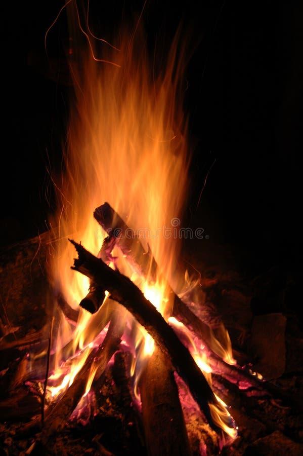 πυρά προσκόπων στοκ φωτογραφία με δικαίωμα ελεύθερης χρήσης