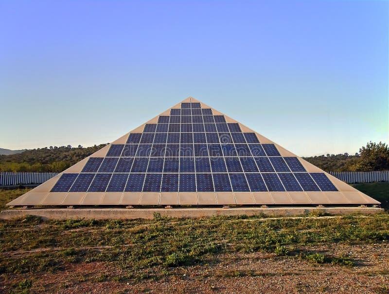 πυραμίδα ισχύος ηλιακή στοκ εικόνα