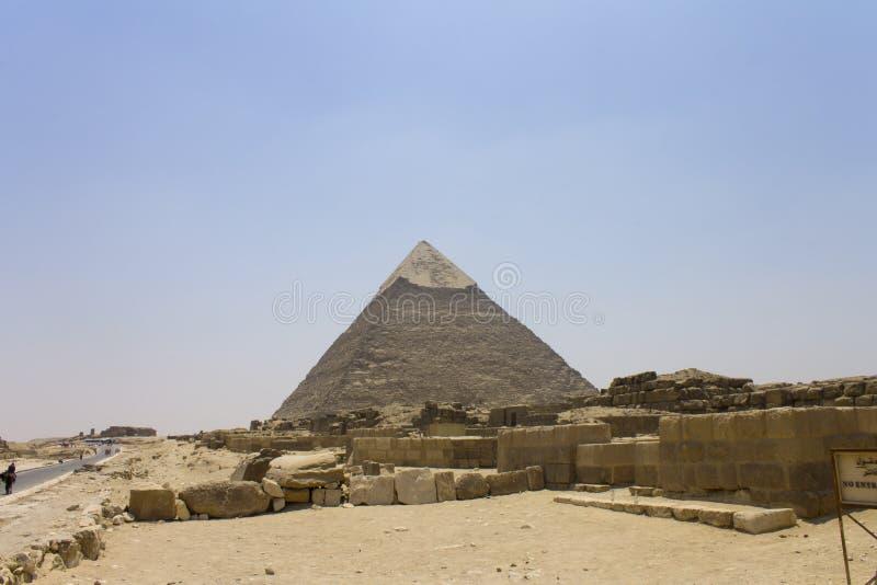 Πυραμίδα των καταστροφών Khafre και ναών στοκ εικόνες με δικαίωμα ελεύθερης χρήσης