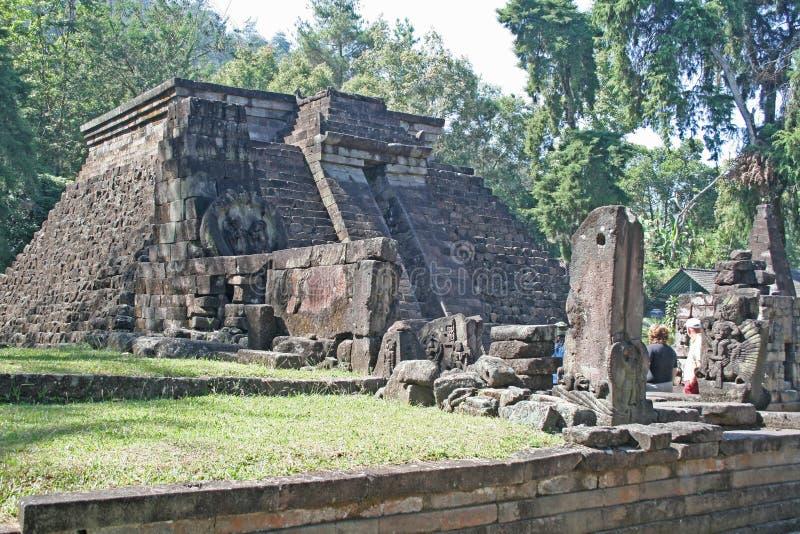 Πυραμίδα Sukuh στοκ φωτογραφίες