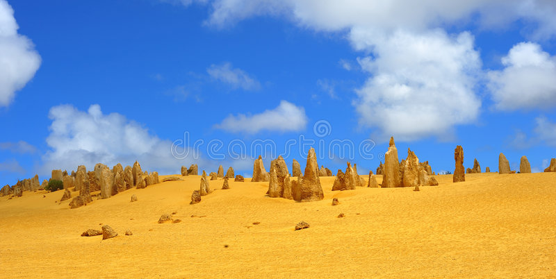 πυραμίδες ερήμων της Αυστραλίας στοκ εικόνες