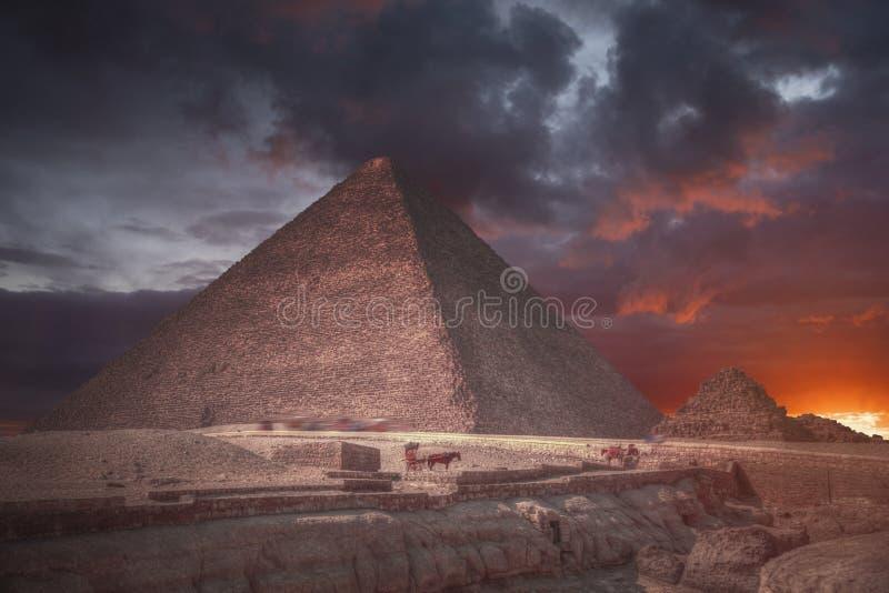 Πυραμίδες Giza, στην Αίγυπτο στοκ εικόνα με δικαίωμα ελεύθερης χρήσης