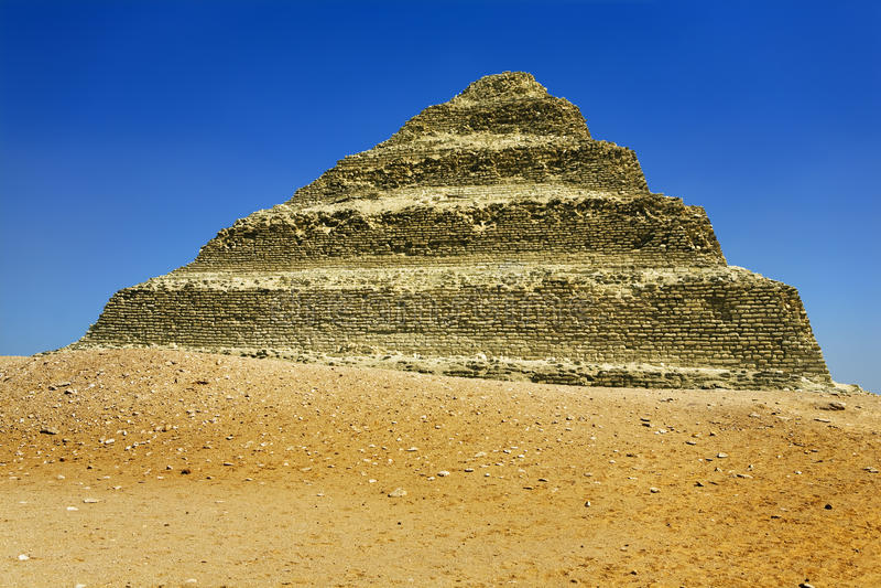 Πυραμίδα βημάτων Djoser στοκ εικόνα