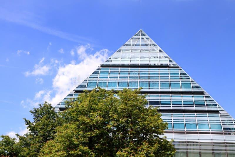 Πυραμίδα γυαλιού Ulm στοκ φωτογραφία με δικαίωμα ελεύθερης χρήσης