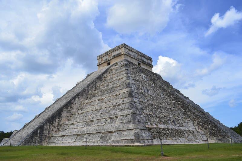 Πυραμίδα της Maya στοκ εικόνα με δικαίωμα ελεύθερης χρήσης