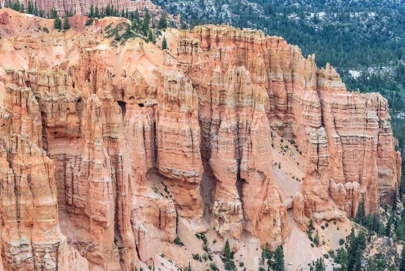 Πυραμίδα Stone Hoodoo στο εθνικό πάρκο Γιούτα ΗΠΑ φαραγγιών του Bryce στοκ φωτογραφία με δικαίωμα ελεύθερης χρήσης
