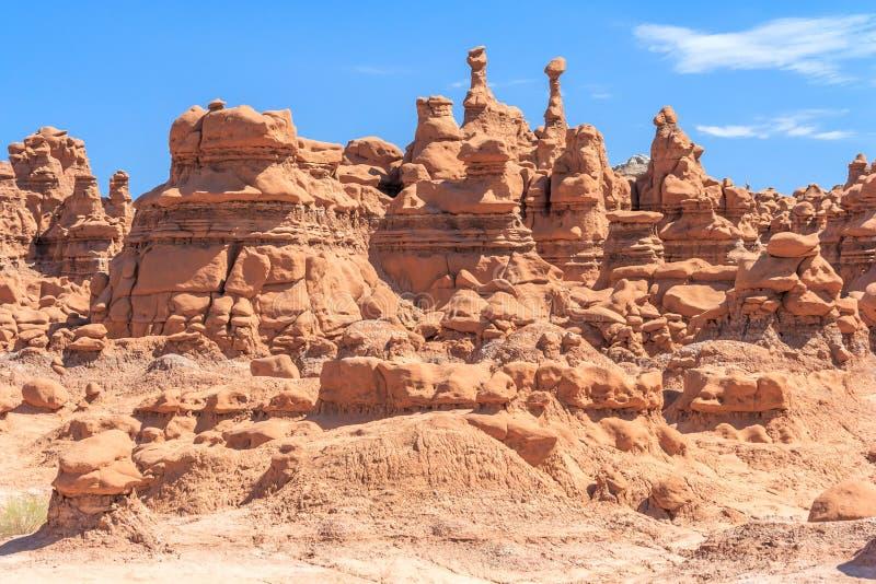 Πυραμίδες βράχου Hoodoo στο κρατικό πάρκο Γιούτα ΗΠΑ κοιλάδων Goblin στοκ φωτογραφία με δικαίωμα ελεύθερης χρήσης