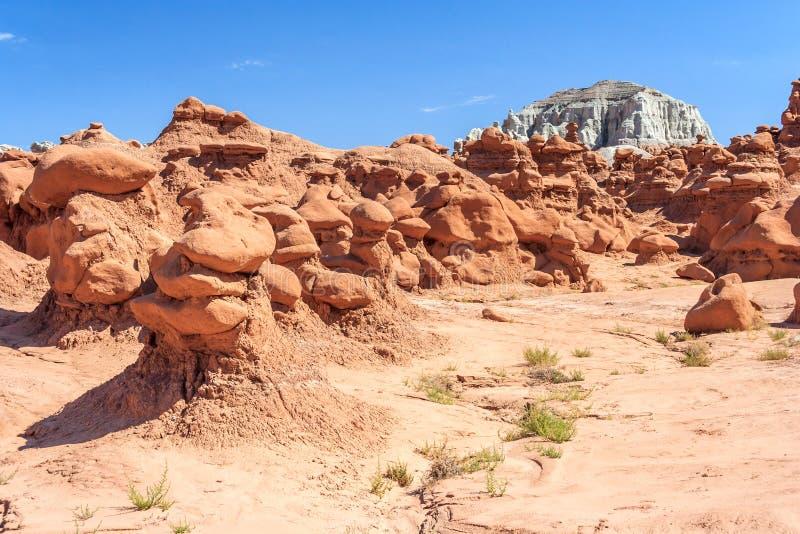 Πυραμίδες βράχου Hoodoo στο κρατικό πάρκο Γιούτα ΗΠΑ κοιλάδων Goblin στοκ φωτογραφία
