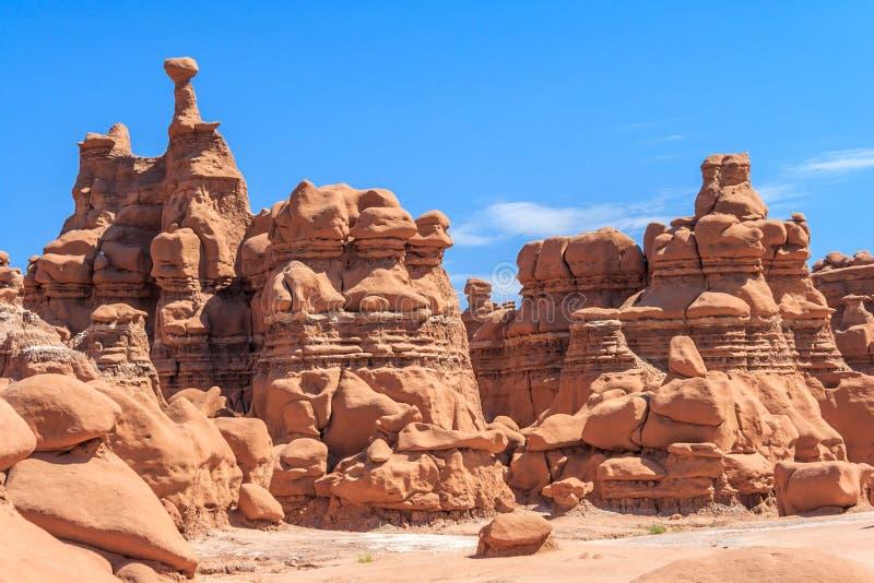 Πυραμίδες βράχου Hoodoo στο κρατικό πάρκο Γιούτα ΗΠΑ κοιλάδων Goblin στοκ φωτογραφίες με δικαίωμα ελεύθερης χρήσης