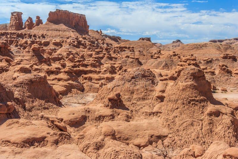 Πυραμίδες βράχου Hoodoo στο κρατικό πάρκο Γιούτα ΗΠΑ κοιλάδων Goblin στοκ φωτογραφίες