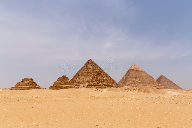πυραμίδες giza στοκ εικόνα με δικαίωμα ελεύθερης χρήσης