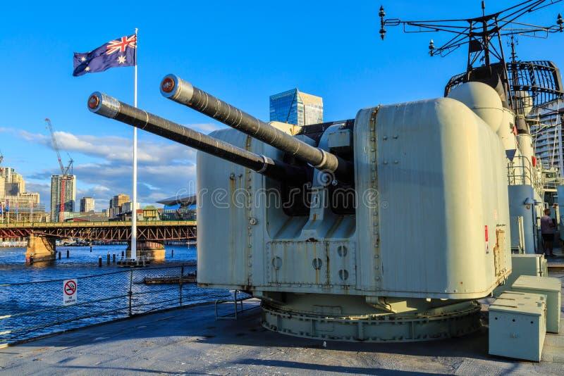 Πυργίσκος πυροβόλων όπλων στο βαμπίρ καταστροφέων HMAS, Σίδνεϊ, Αυστραλία στοκ εικόνες