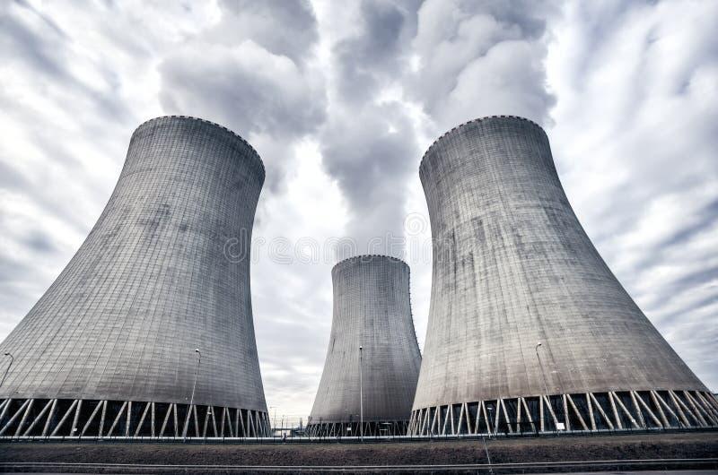 Πυρηνικός σταθμός σε Temelin, Δημοκρατία της Τσεχίας, Ευρώπη στοκ εικόνες