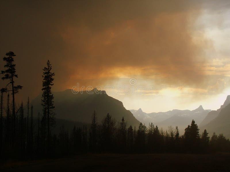 Πυρκαγιά πέρα από την κοιλάδα του ST Mary στοκ φωτογραφία με δικαίωμα ελεύθερης χρήσης