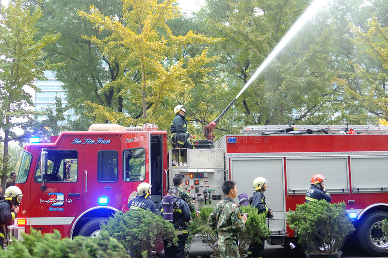 πυρκαγιά τρυπανιών στοκ εικόνα