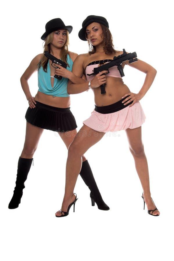 πυροβόλα όπλα κοριτσιών στοκ εικόνα με δικαίωμα ελεύθερης χρήσης