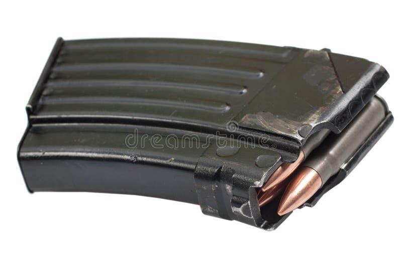 Πυροβόλο όπλο καλάζνικοφ ak magazin με 7,62 χιλ. πυρομαχικών στοκ φωτογραφία