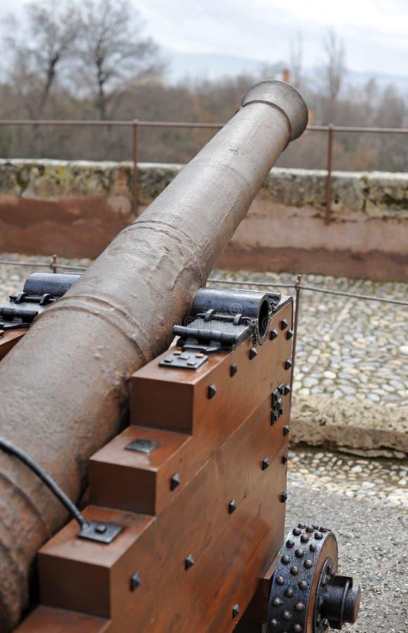 Πυροβόλο σιδήρου στην ακρόπολη Alhambra της Γρανάδας, Ισπανία στοκ φωτογραφίες