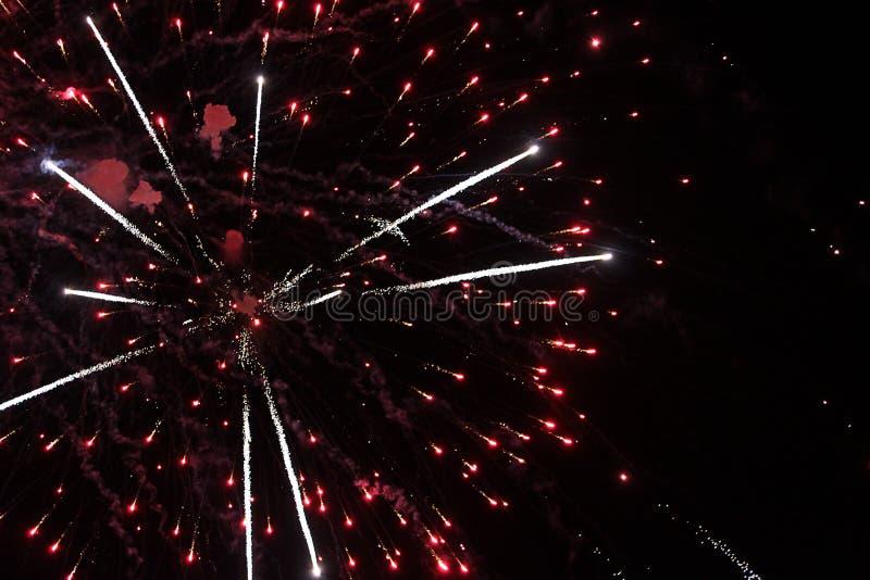 Πυροτεχνήματα, πυροτέχνημα, υπόβαθρο, νέο, εορτασμός, διακοπές, έτος, γεγονός, φεστιβάλ, επέτειος, πυρκαγιά, απεικόνιση, όμορφη,  στοκ εικόνες με δικαίωμα ελεύθερης χρήσης