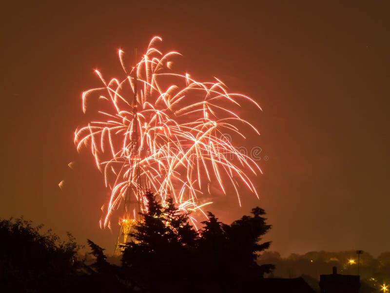 Πυροτεχνήματα στη νύχτα Fawkes τύπων στοκ φωτογραφίες