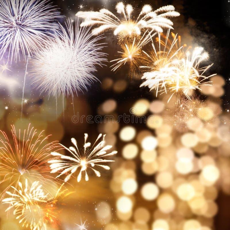 πυροτεχνήματα στο νέο διάστημα έτους και αντιγράφων - αφηρημένο υπόβαθρο διακοπών στοκ εικόνες