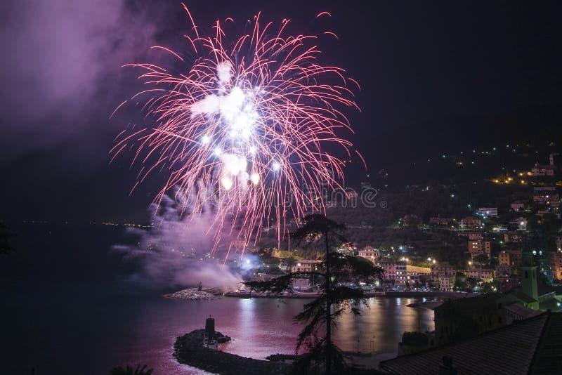 Πυροτεχνήματα Recco Ιταλία στοκ φωτογραφίες με δικαίωμα ελεύθερης χρήσης