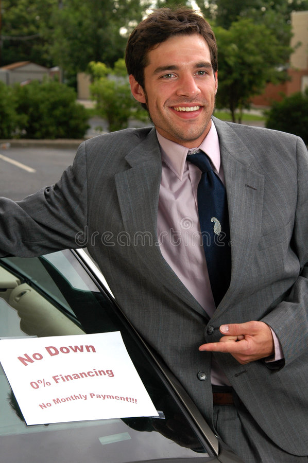 πωλητής αυτοκινήτων χρησιμοποιούμενος στοκ εικόνα με δικαίωμα ελεύθερης χρήσης