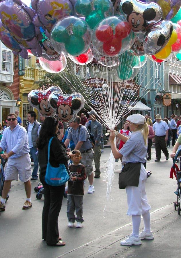 πωλητής μπαλονιών disneyworld στοκ εικόνες