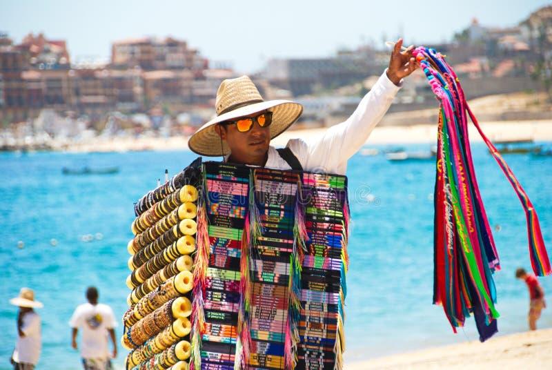 Πωλώντας αναμνηστικά ατόμων σε Cabo SAN Lucas, Μεξικό στοκ φωτογραφίες