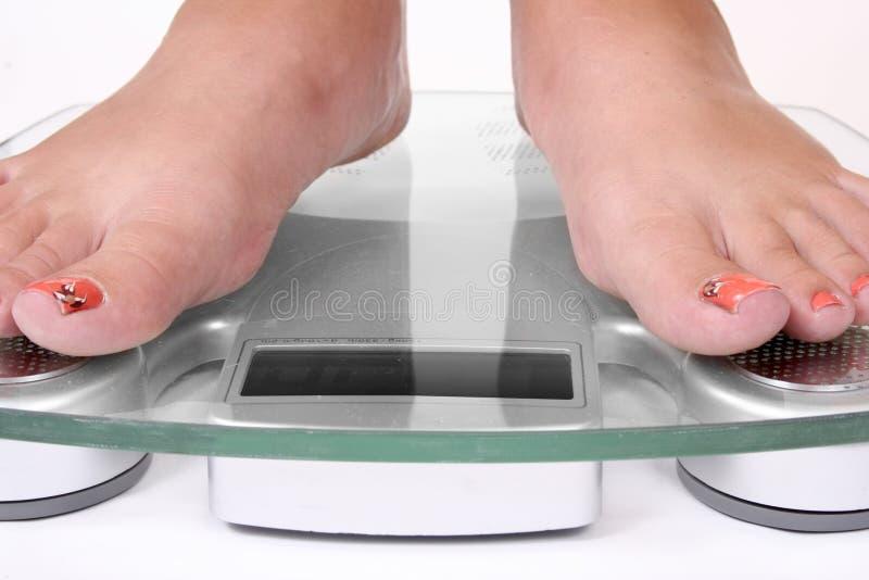 πόδια θηλυκής κλίμακας στοκ φωτογραφίες με δικαίωμα ελεύθερης χρήσης