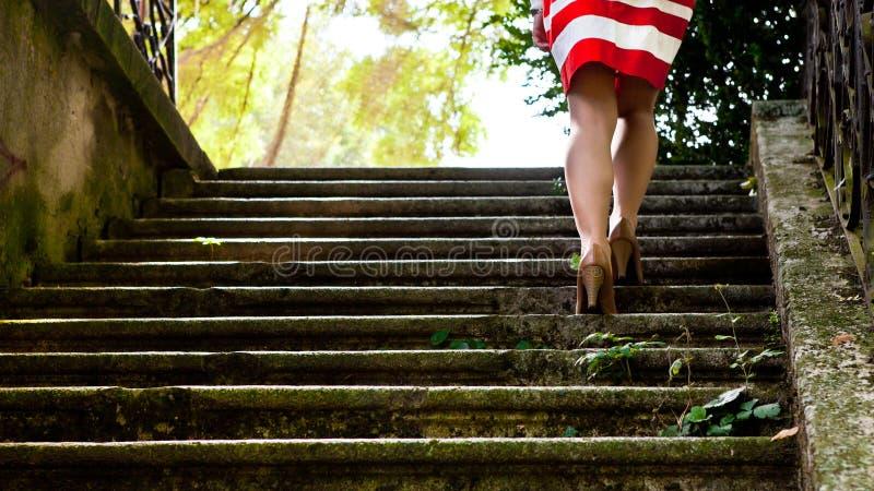 Πόδια της γυναίκας στοκ εικόνες
