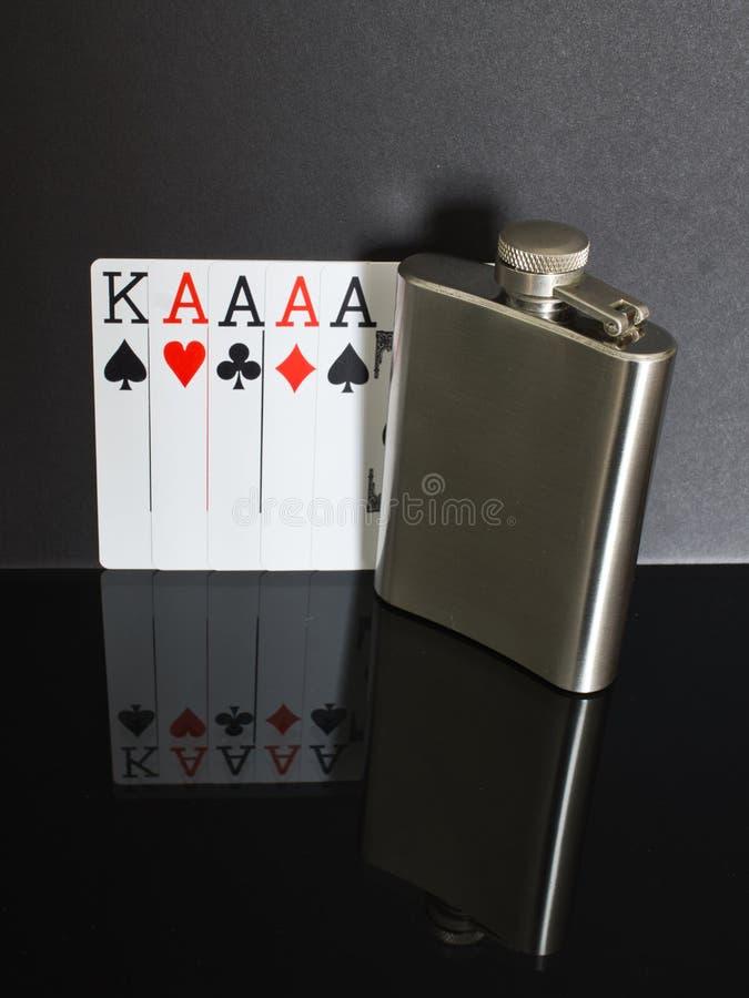 Πόκερ φιαλών ισχίων στοκ φωτογραφία με δικαίωμα ελεύθερης χρήσης