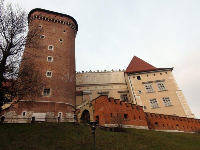 Πόλη †‹â€ ‹της Κρακοβίας Πολωνία το τοπίο των αρχαίων οδών, των καθολικών καθεδρικών ναών και των μεσαιωνικών φρουρίων στοκ εικόνες