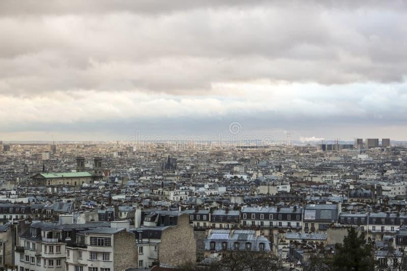 Πόλη Παρίσι άνωθεν - αστικό, ουρανός και κτήρια στοκ φωτογραφίες με δικαίωμα ελεύθερης χρήσης