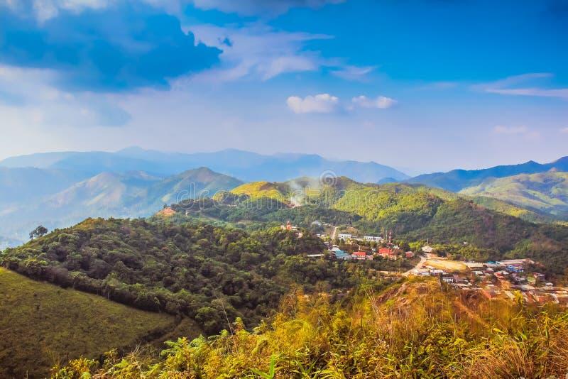 Πόλη στο χωριό Valley Etong στο ορυχείο Pilok Thongphapulm Karnchanaburi Ταϊλάνδη στοκ εικόνες