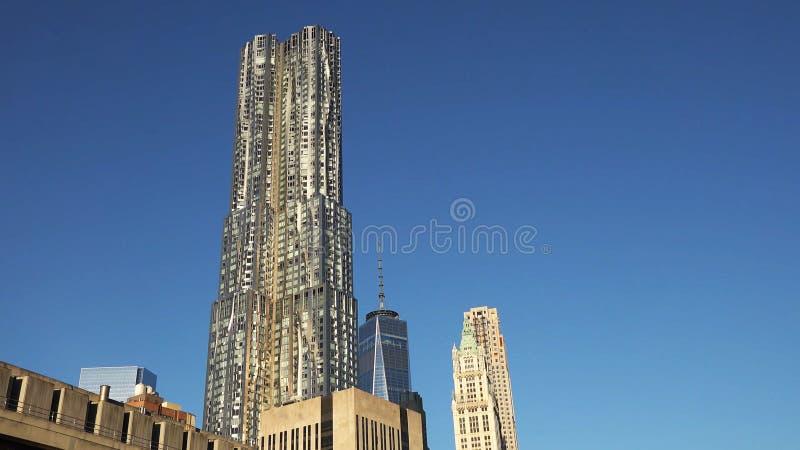 Πόλη της Νέας Υόρκης - ΗΠΑ Άποψη στο στο κέντρο της πόλης ορίζοντα του Λόουερ Μανχάταν με στοκ φωτογραφία με δικαίωμα ελεύθερης χρήσης
