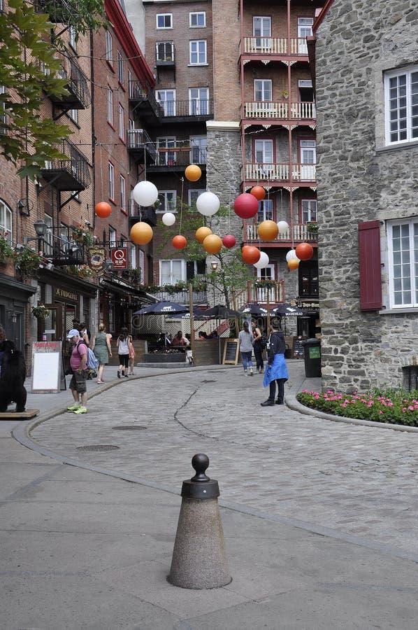 Πόλη του Κεμπέκ, στις 28 Ιουνίου: Ζωηρόχρωμα σπίτια από τη rue Sous le Fort της πόλης του Κεμπέκ στον Καναδά στοκ εικόνες