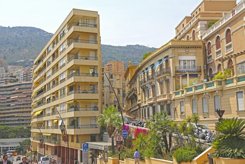 Πόλη του Μονακό, Μονακό - 13 Ιουνίου 2014: πολυτελή κατοικημένα σπίτια στοκ εικόνα