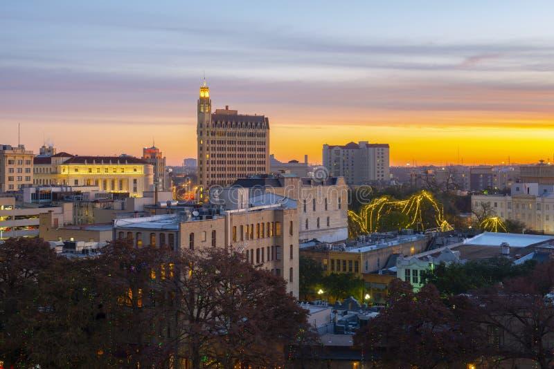 Πόλη του San Antonio στο λυκόφως ανατολής, Τέξας, ΗΠΑ στοκ φωτογραφία με δικαίωμα ελεύθερης χρήσης