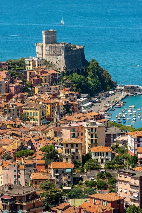 Πόλη Lerici με το κάστρο - Κόλπος του Λα Spezia Λιγυρία Ιταλία στοκ φωτογραφίες με δικαίωμα ελεύθερης χρήσης